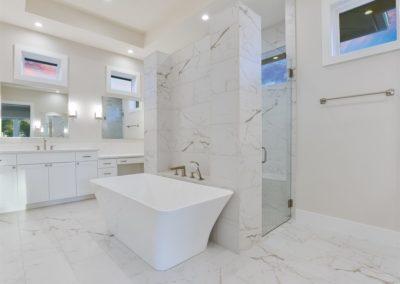 018_Master Bathroom